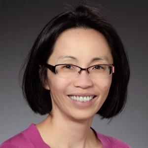 Dr. Huong Nguyen headshot