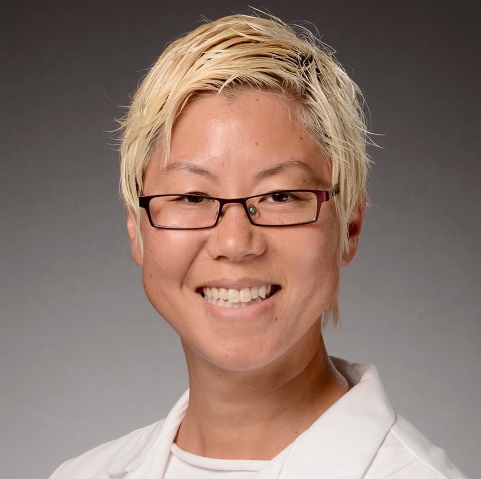 Dr. Joan Ryoo headshot