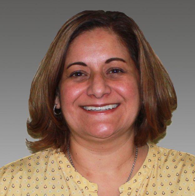 Stephanie Tovar headshot